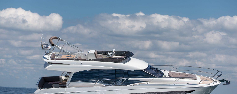 Belle Ile le 31/05/2017, la nouvelle Prestige 520.Photo © Jean-Marie LIOT pour Prestige Yacht